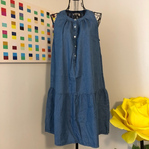 cf49be3c33 LOFT Dresses   Skirts - LOFT Outlet Chambray Drop Waist Dress GUC